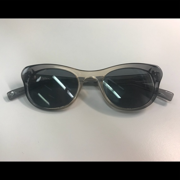 09a6121bc26 Warby Parker Prescription Sunglasses. M 5ad8e1c79cc7ef6194d2d883